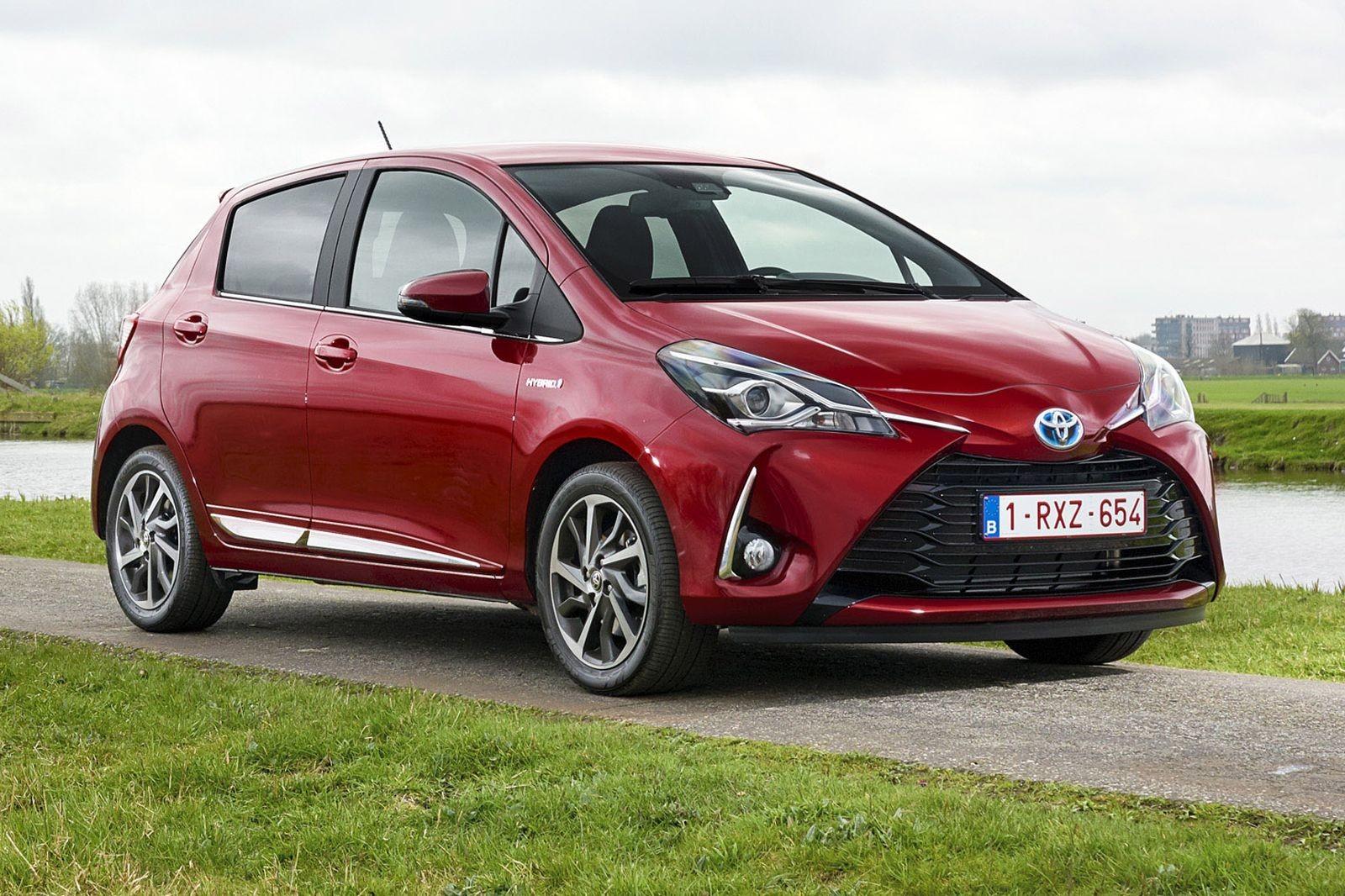 Toyota Yaris стал в 2018 году лидером европейского сегмента безрозеточных гибридов: продано 129 105 штук.