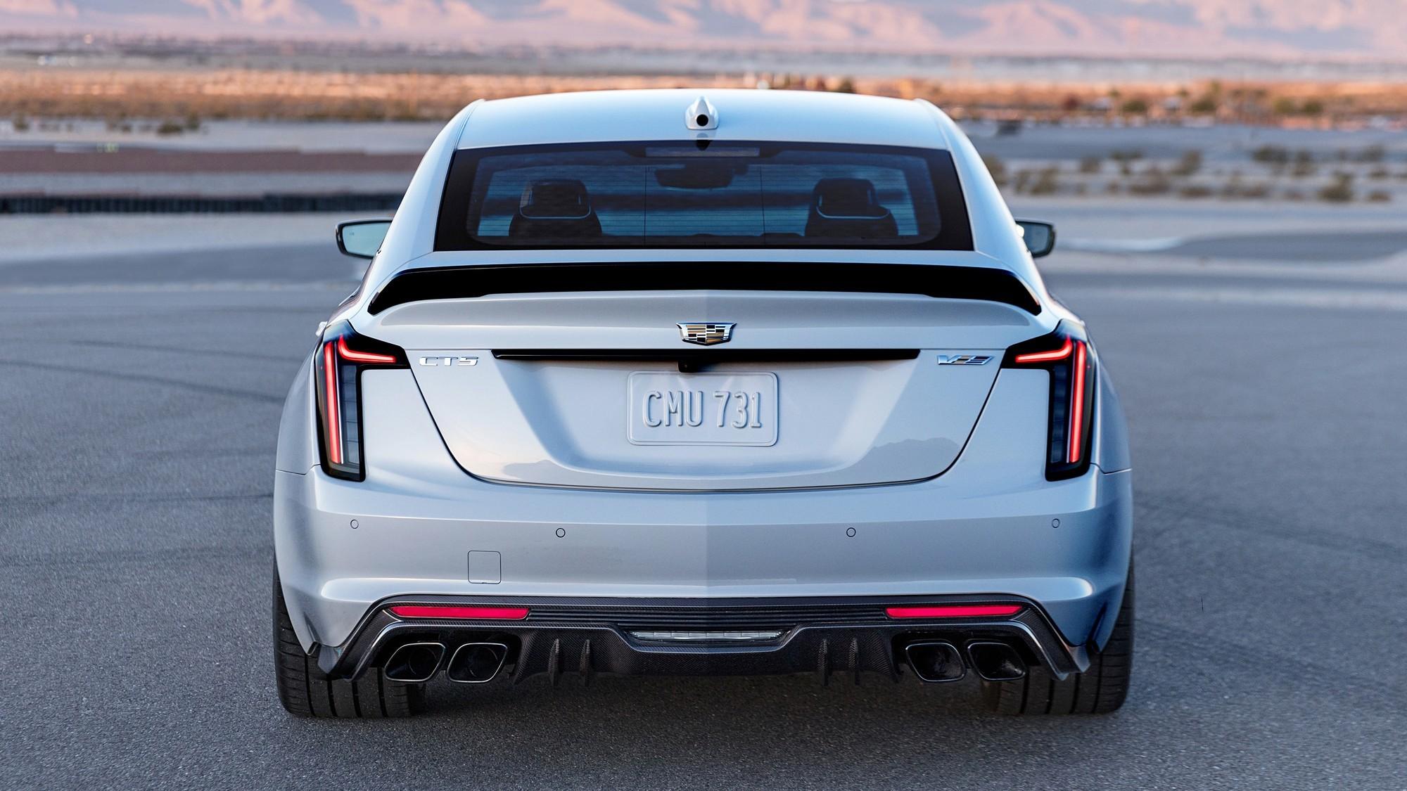 Cadillac CT5-V Blackwing: конкурент BMW M5 с мотором от Corvette и ручной коробкой
