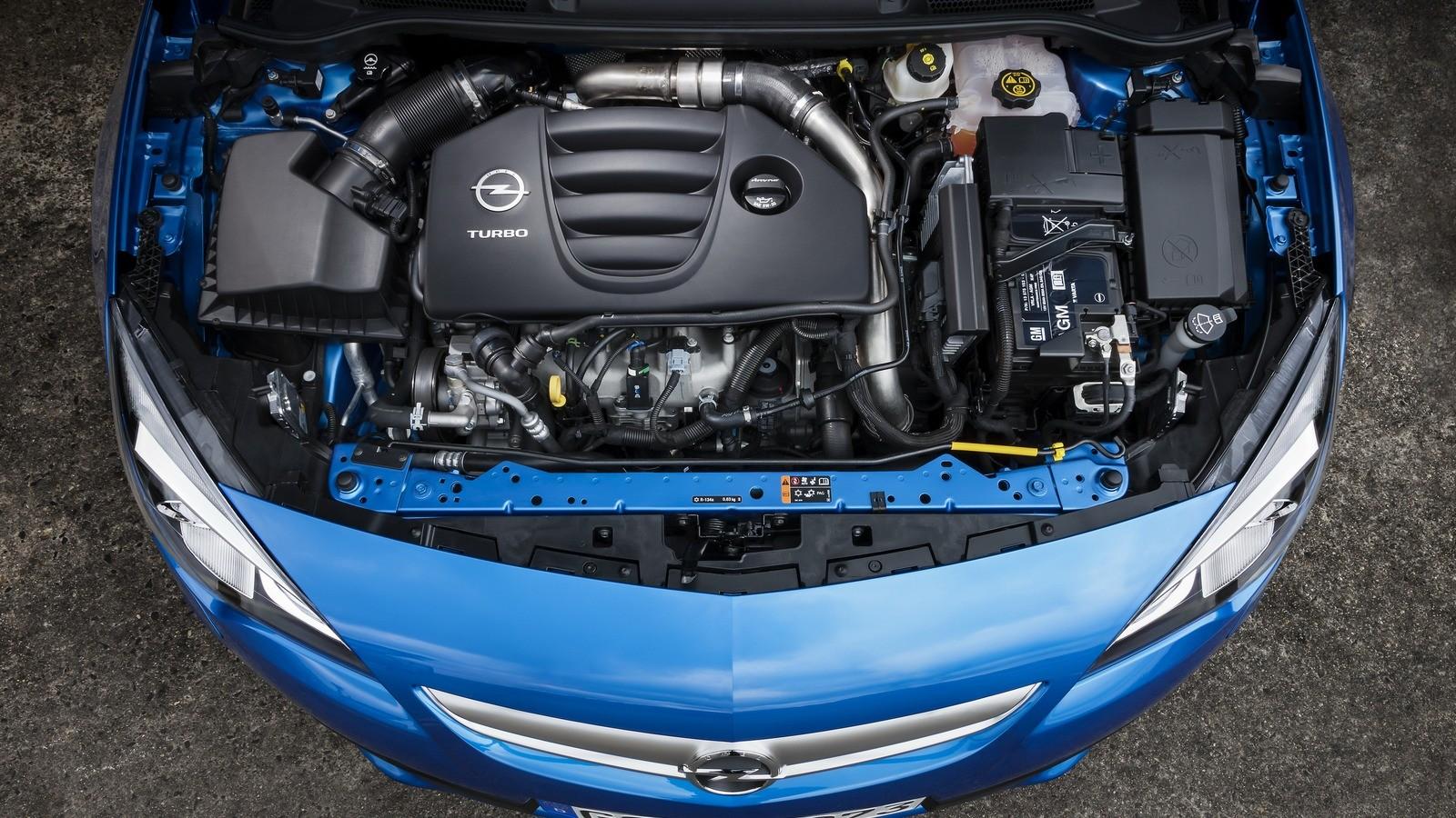 На фото: Под капотом Opel Astra OPC (J) '2011–н.в.
