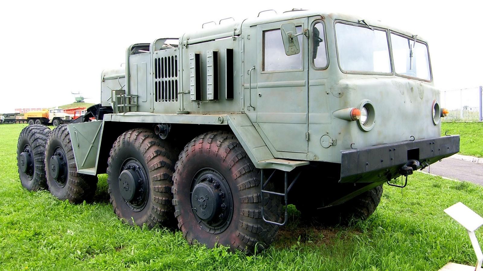 МАЗ-537Г четвертого поколения в Техническом музее в Тольятти (фото К. Дунаева)