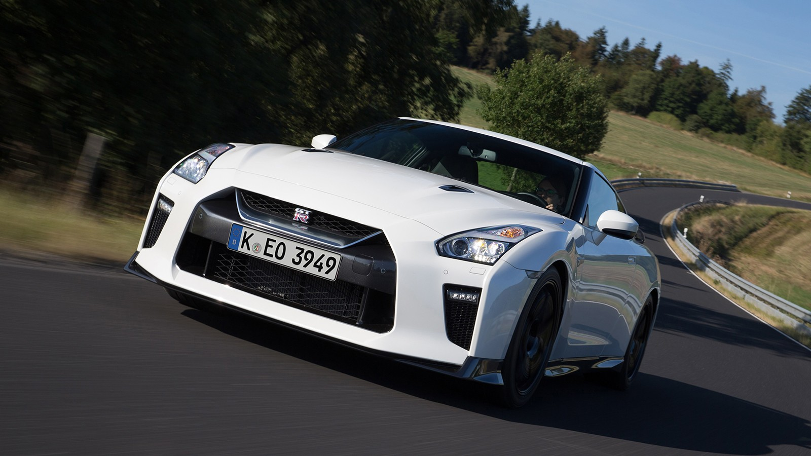 Nissan reveals full specs and pricing for thrilling new GT-R Tra