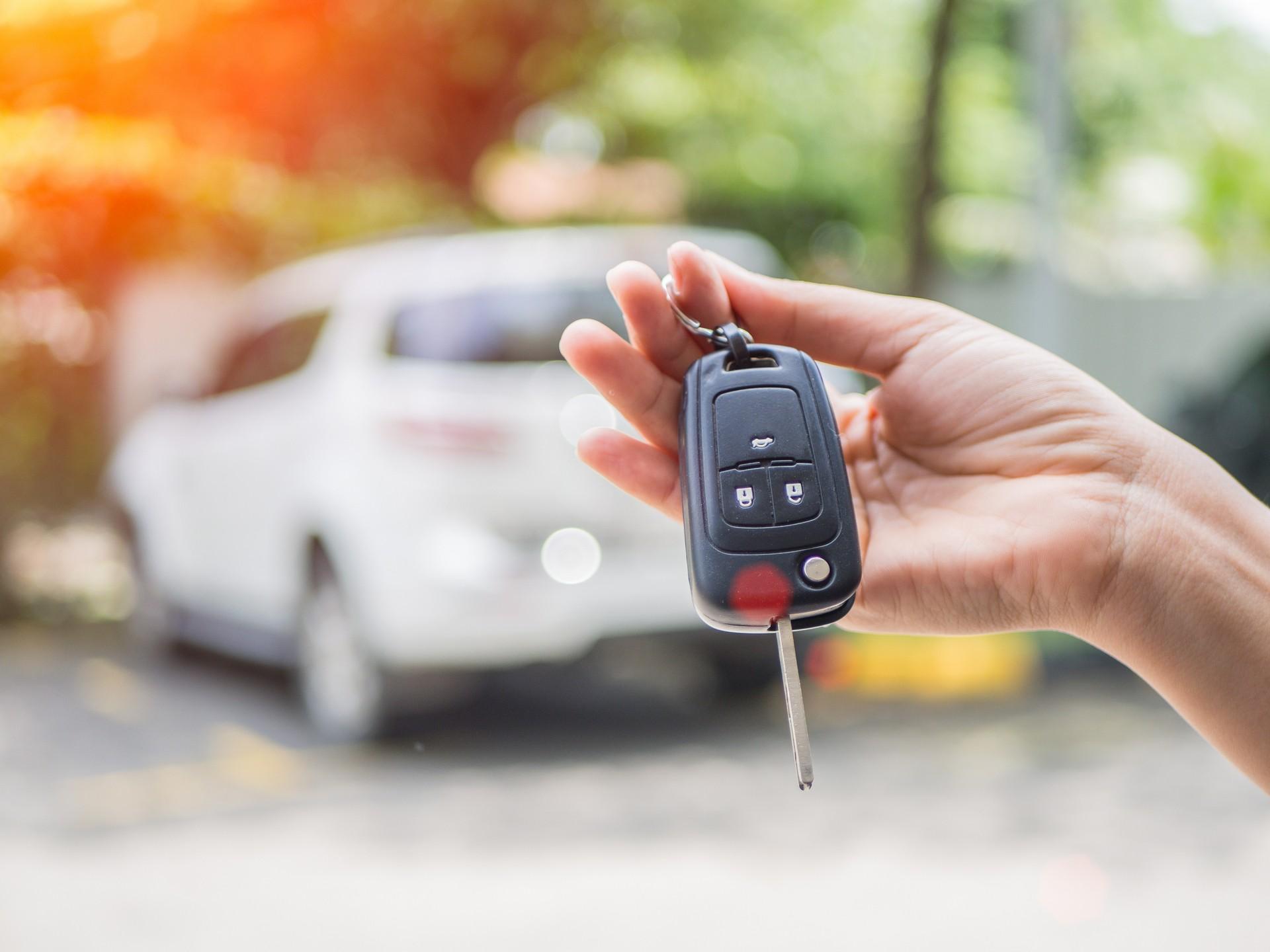 Авто в залоге у банка от третьих лиц можно ли по осаго получить деньги на ремонт своего авто