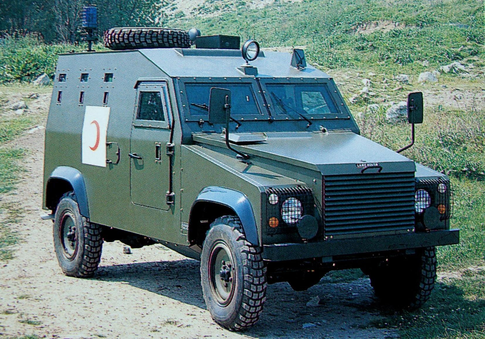 Санитарная бронемашина Otokar APV для доставки четырех раненых