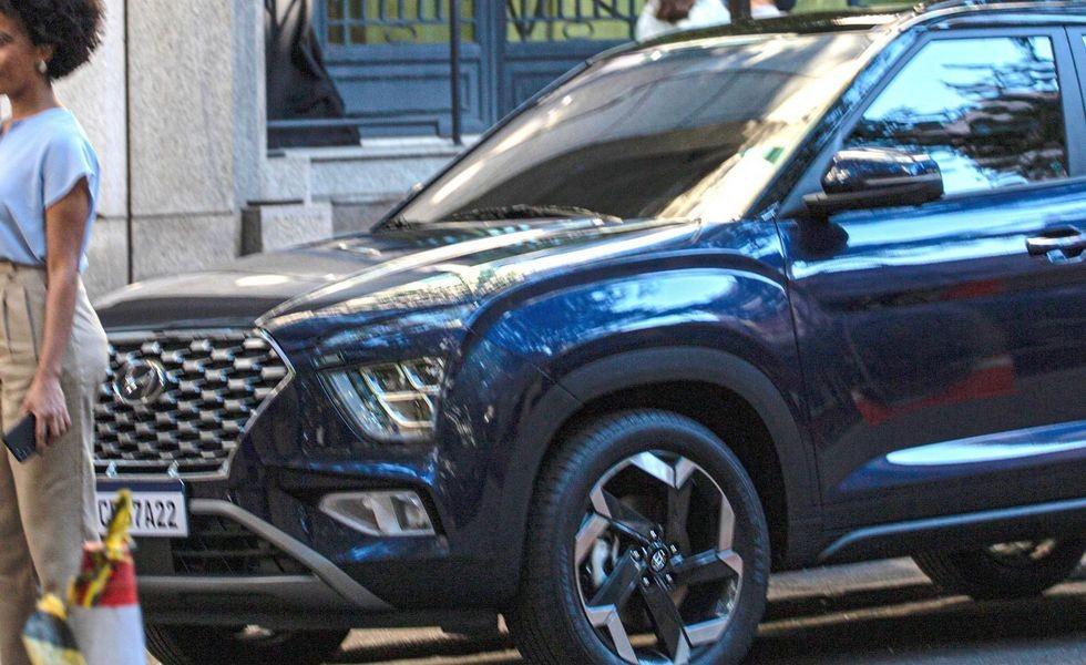 Ещё одна новая Hyundai Creta: марка пока дразнится, но кроссовер уже застукали