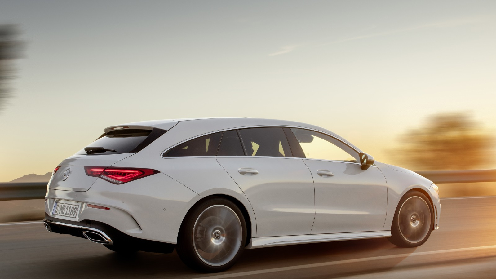 mercedes-benz_cla-klasse_shooting_brake_amg_line_31