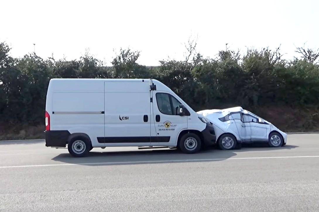 Коммерческие фургоны на испытаниях Euro NCAP: без краш-тестов, но всё равно страшно