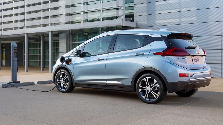 В пожарном порядке: GM отзывает все выпущенные Chevrolet Bolt и останавливает их продажи
