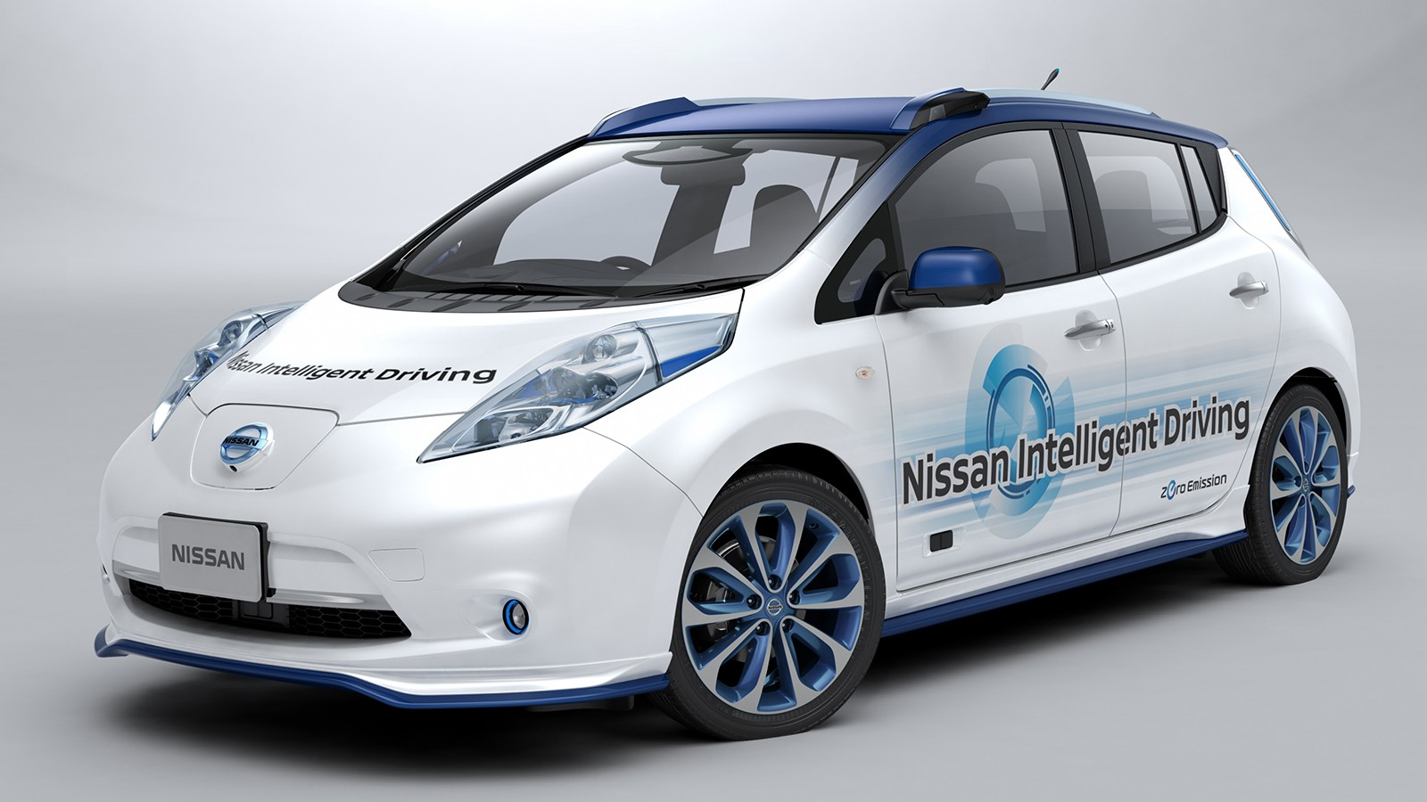 На фото: Nissan Leaf Autonomous Drive Prototype