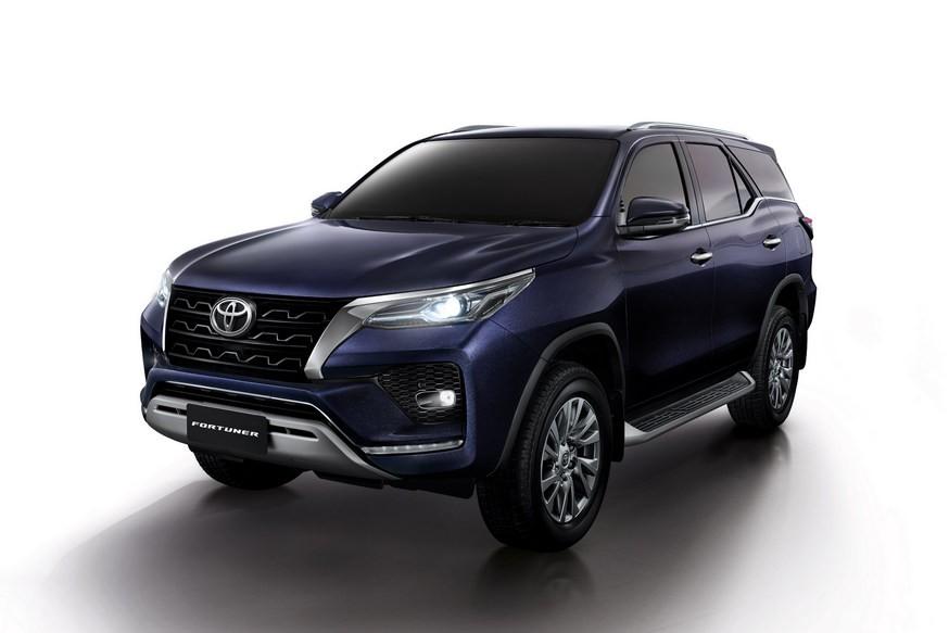 У обновлённых Toyota Fortuner и Hilux будет более мощный дизель в России