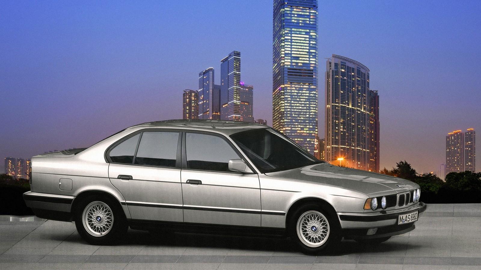 BMW (E34)