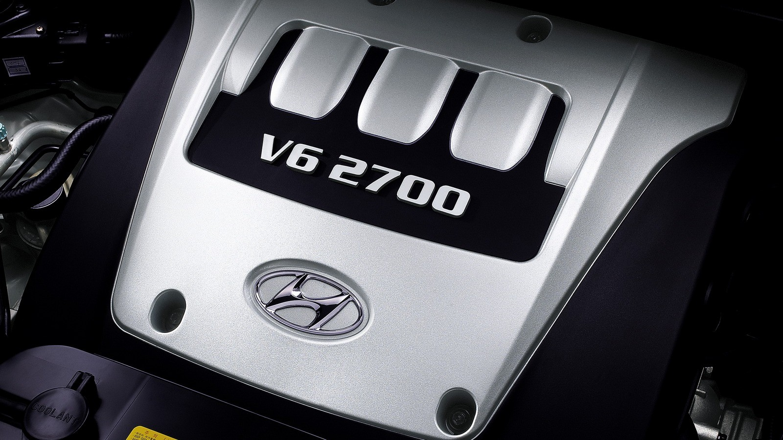 Под капотом Hyundai Tucson Worldwide '2004–09