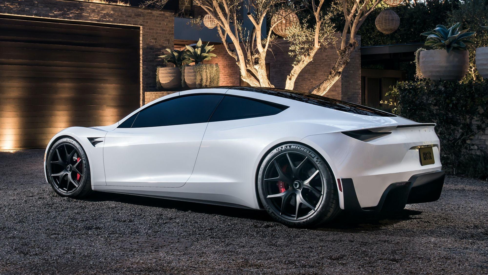 Сейчас не до сладкого: выпуск нового Tesla Roadster отложен на неопределённый срок
