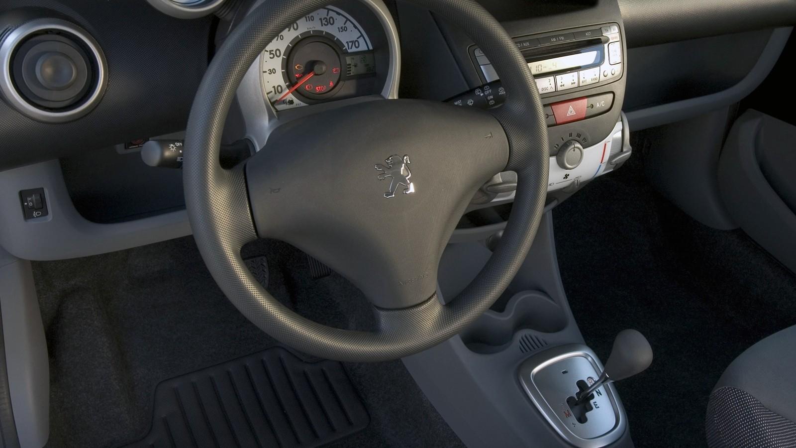 Торпедо Peugeot 107 5-door Worldwide '2005–08