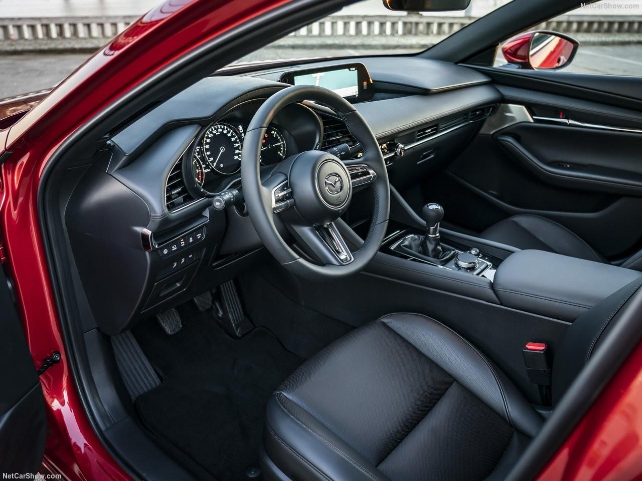Mazda-3-2019-1280-77