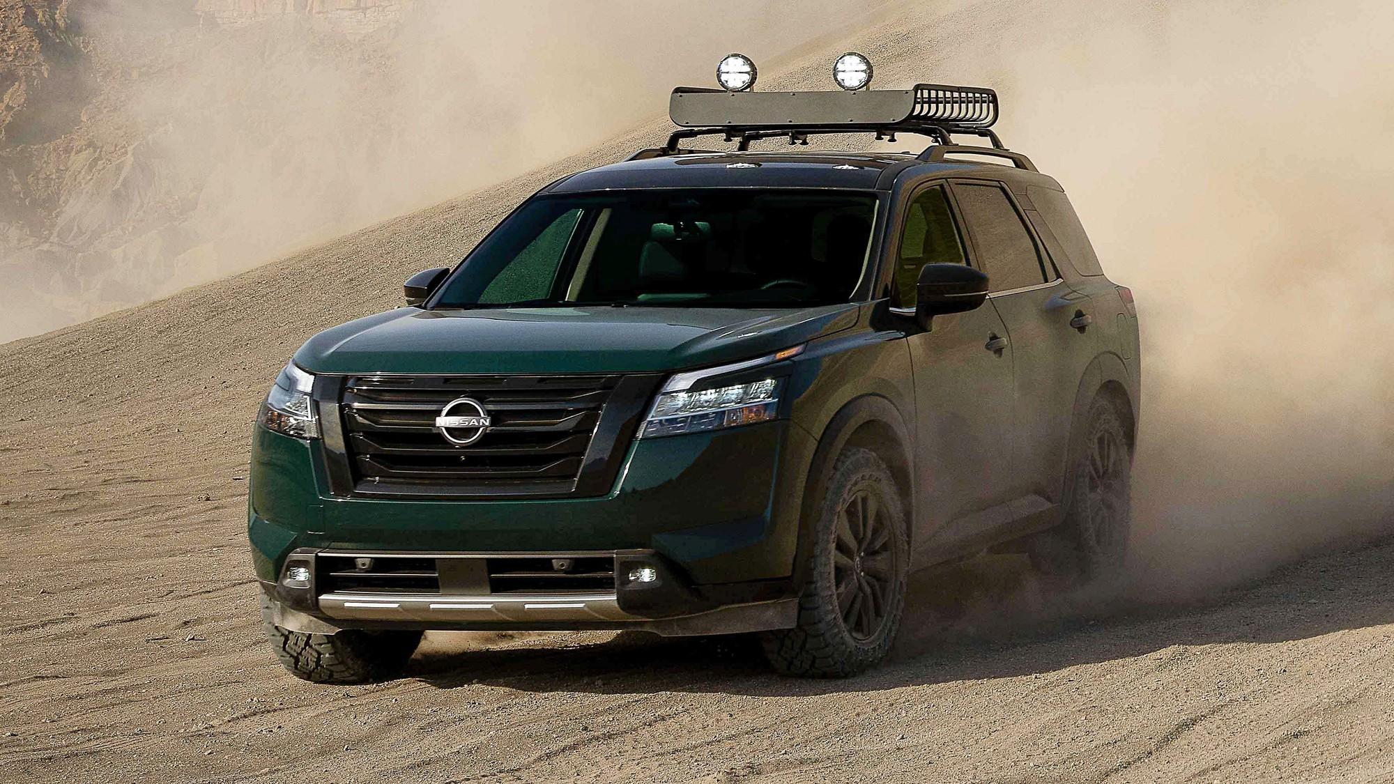 Новый Nissan Pathfinder: без CVT, на старой платформе и с хорошими перспективами в РФ