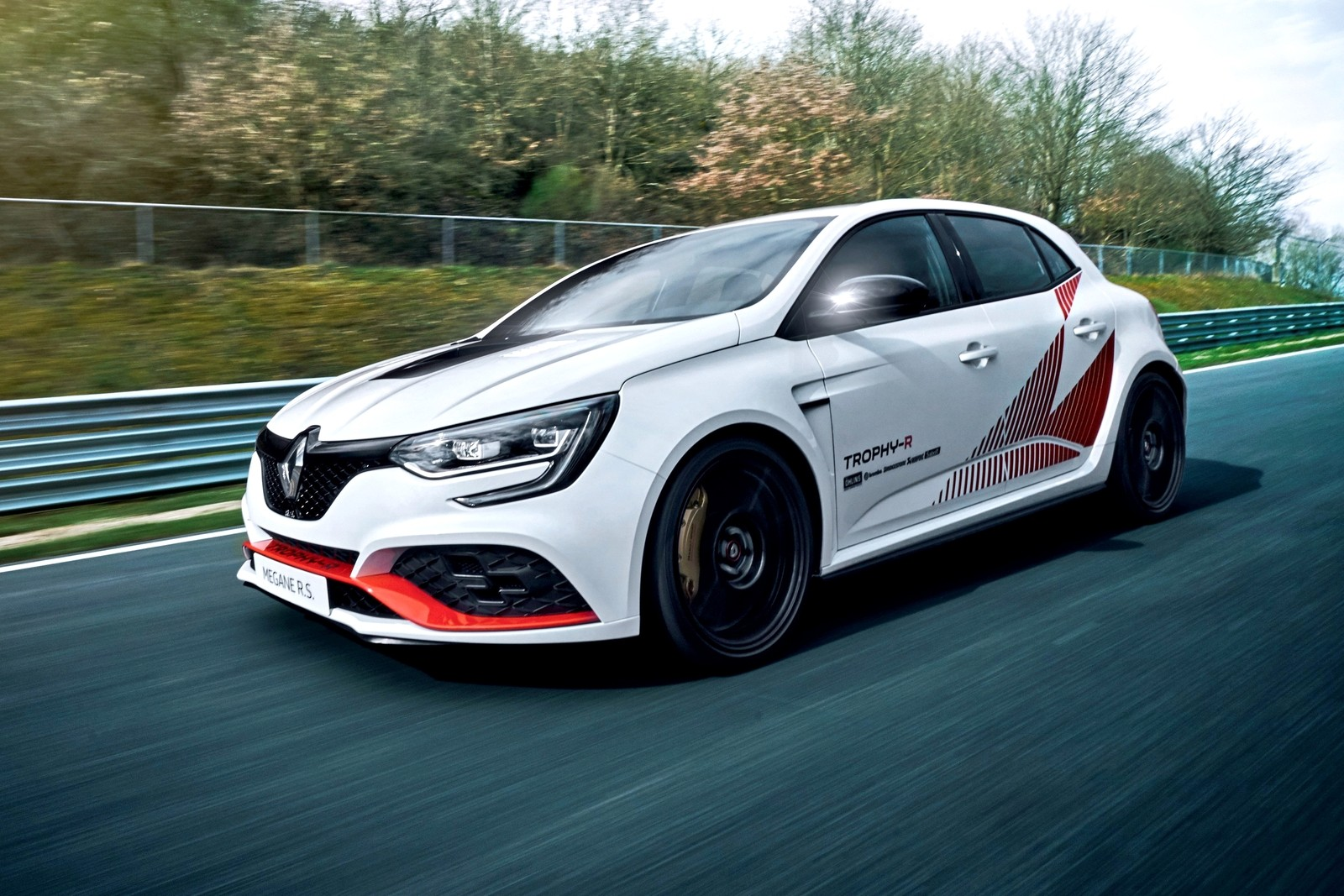 2019 — Renault MÉGANE R.S. TROPHY-R : record au Nürburgring