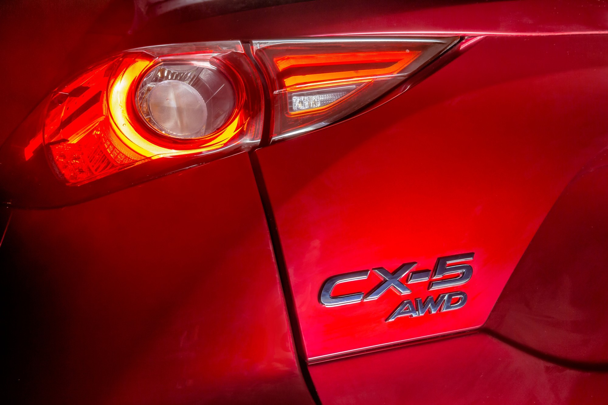 Новый Mazda CX-5: смена компоновки, 6 цилиндров и купеобразная версия