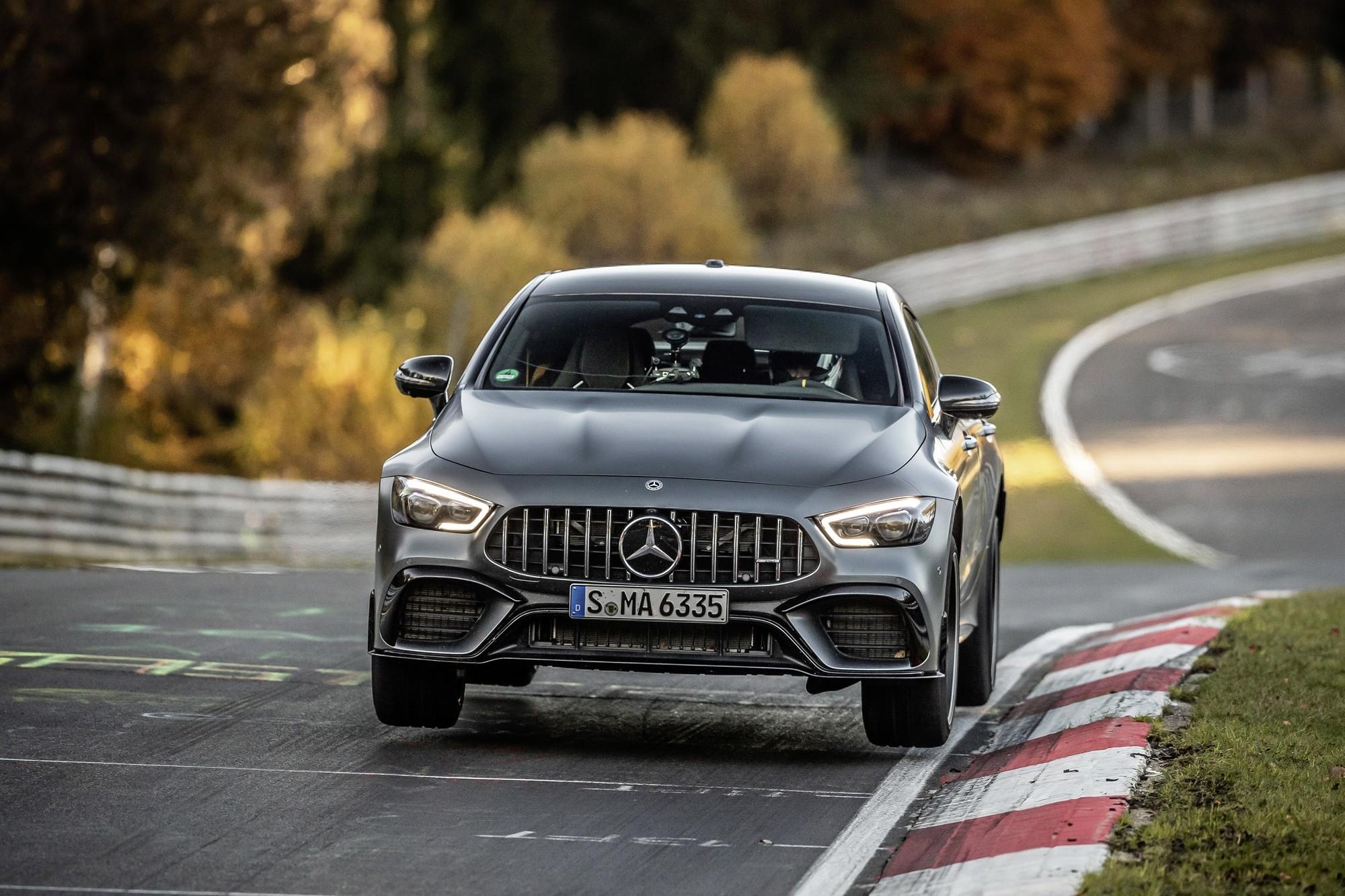Контрудар: Mercedes-AMG GT 63 S побил рекорд Porsche Panamera на Нюрбургринге