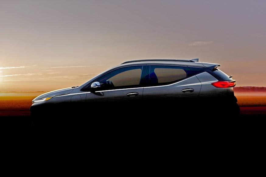 Засвечены обновлённый Chevrolet Bolt и кроссовер на его базе (исходный хэтч задержится)