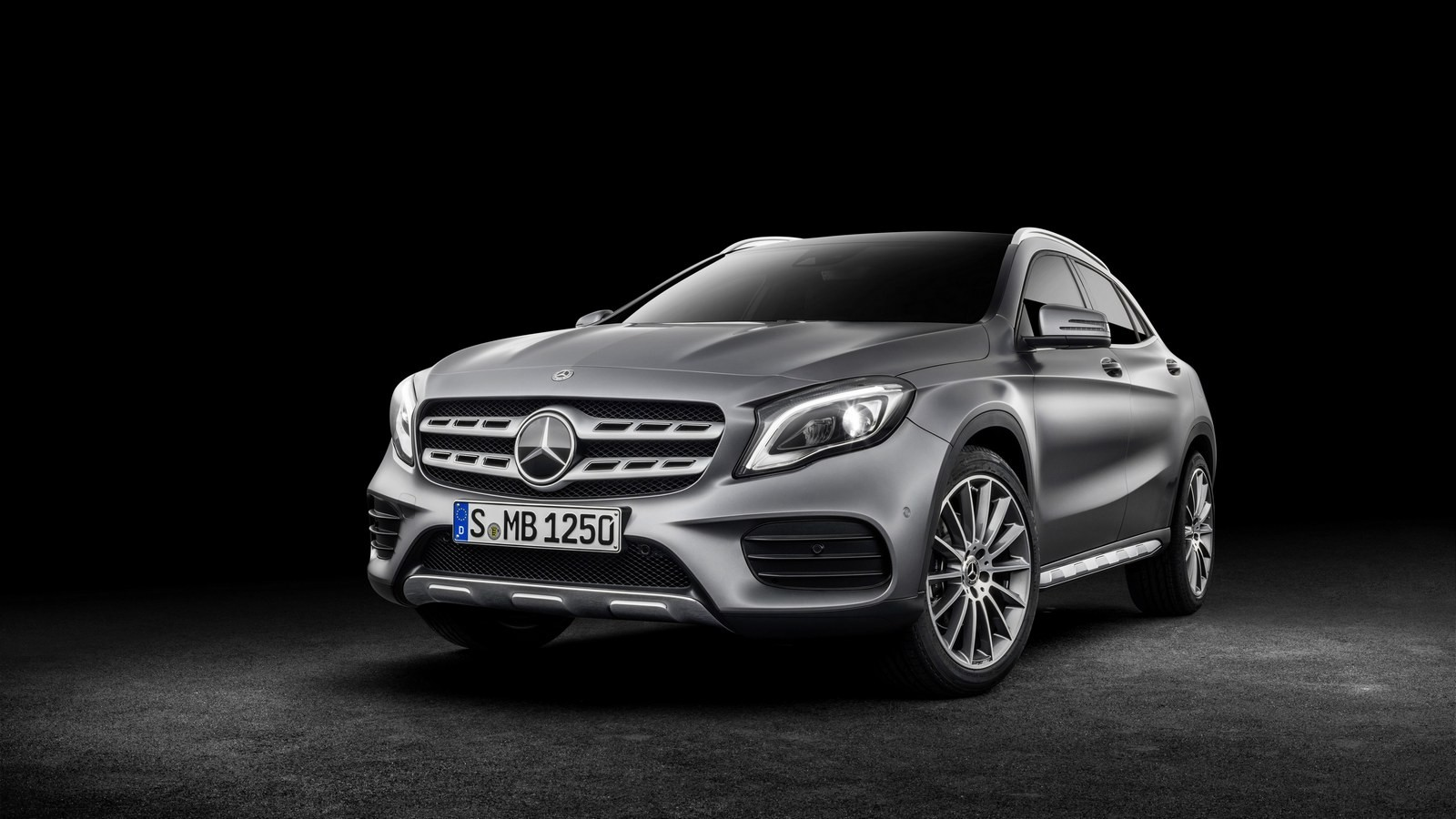 Mercedes-Benz GLA 250 4Matic AMG Line