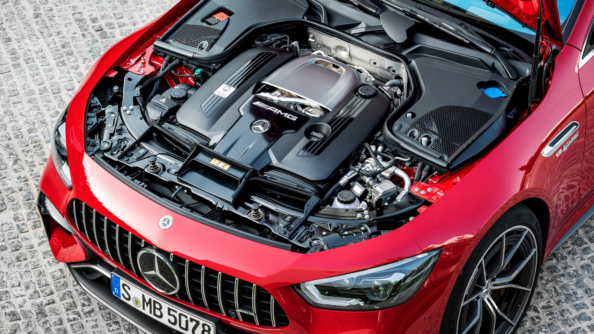 Mercedes-AMG GT 63 S E Performance: избыточная сложность и 12 км на одной зарядке
