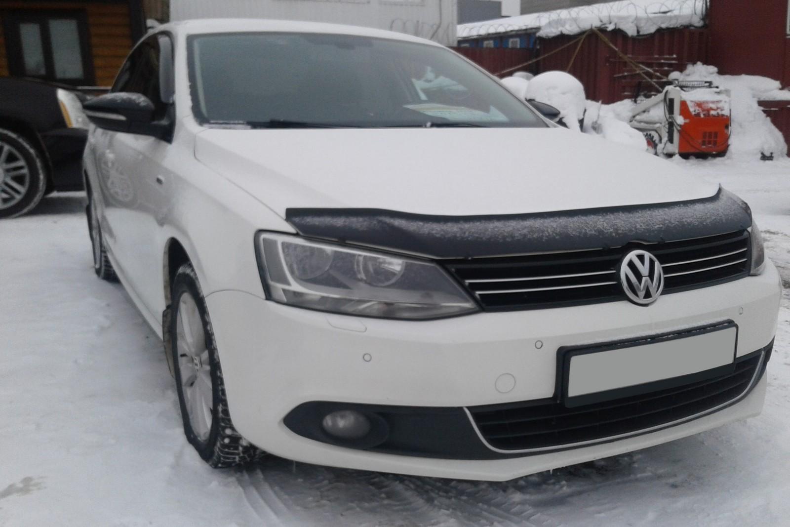 Volkswagen Jetta VI белая (2)