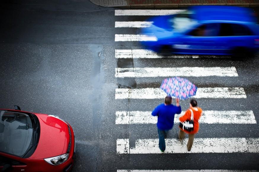 «Зебры» снова станут чёрно-белыми: жёлтая краска исчезнет с пешеходных переходов