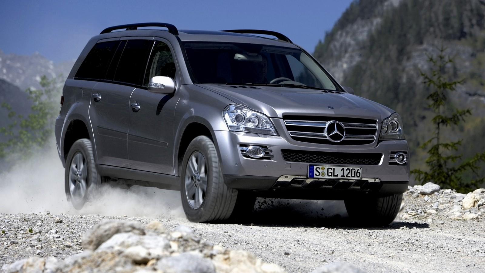 На фото: Mercedes-Benz GL 320 CDI (X164) '2006–09