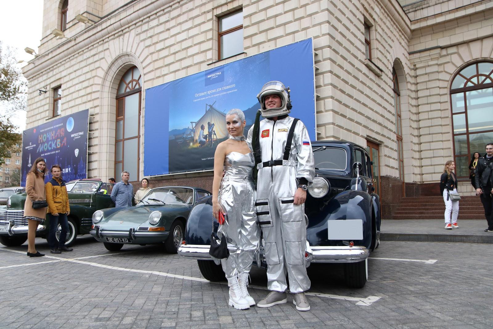 Космическая Москва на колёсах