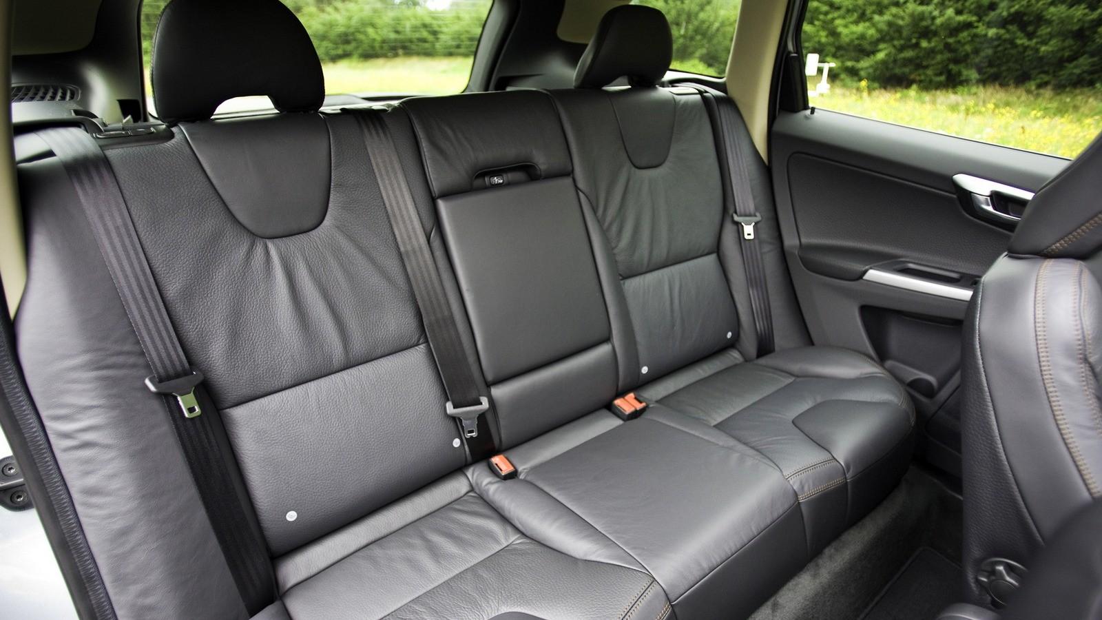 Интерьер Volvo XC60 T6 '2008–13ы