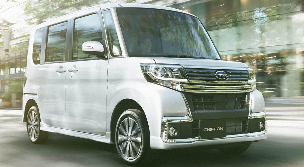 На фото: Subaru Chiffon Custom
