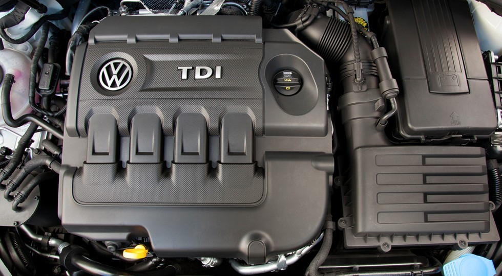 volkswagen_golf_tdi_5-door_us-spec_6