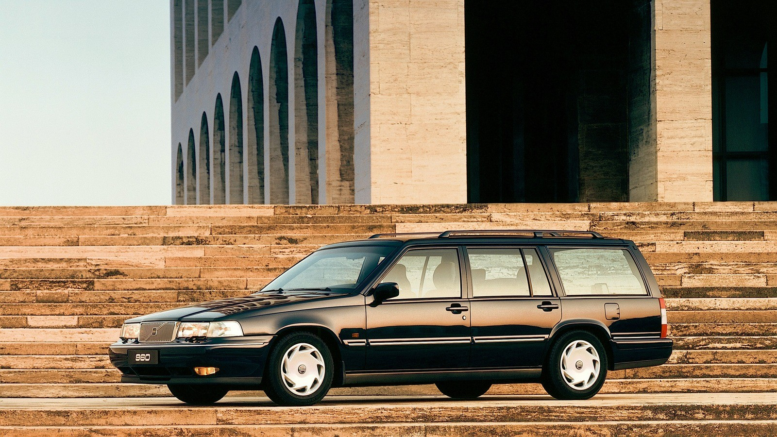 На фото: Volvo 960 Kombi '1994–96
