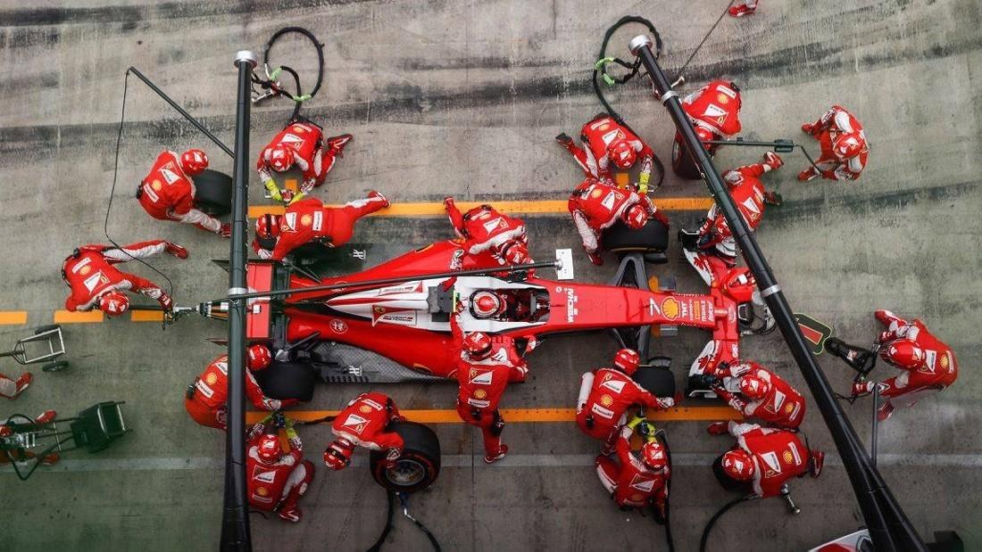 Ferrari продолжает упорную работу над машиной