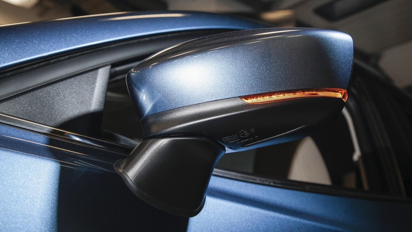 Mazda3_IPM_details_006