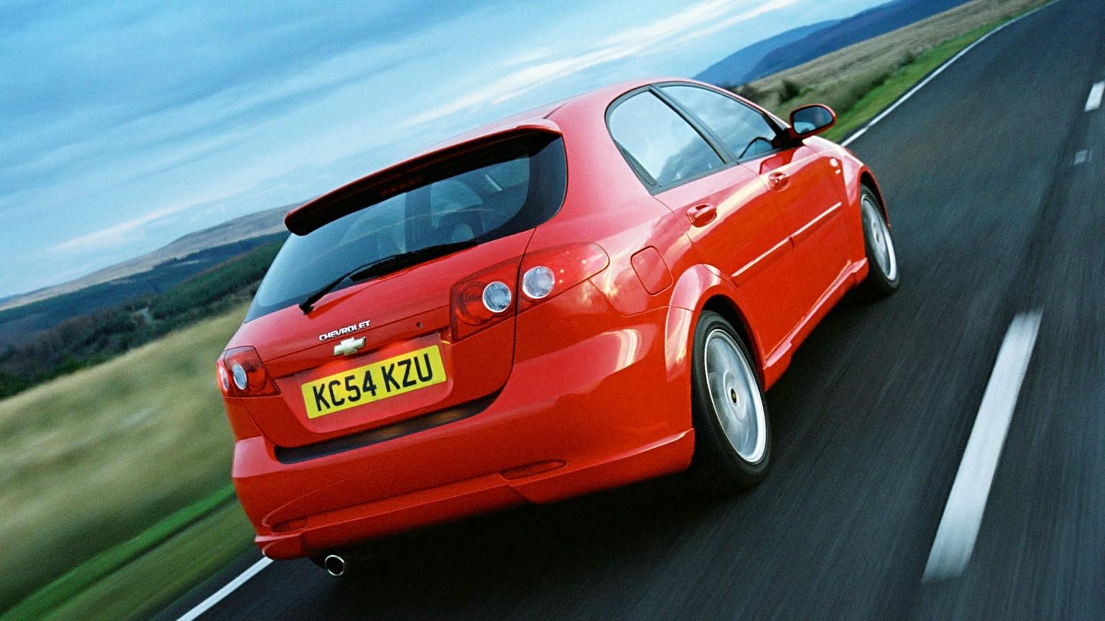 На фото: Chevrolet Lacetti Hatchback Sport 2005–2006