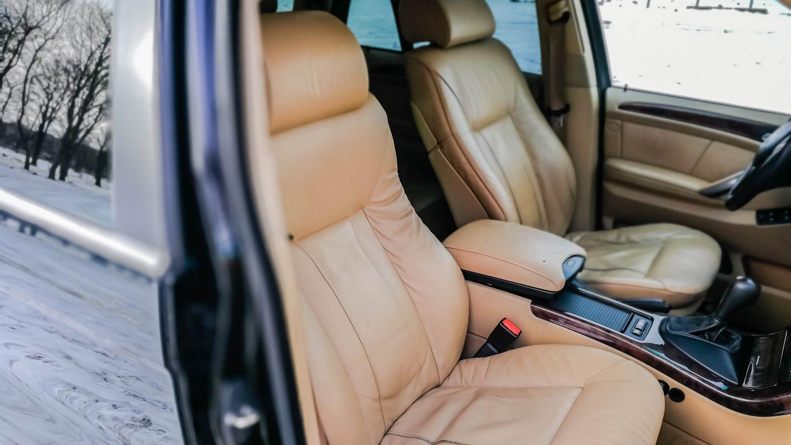 BMW X5 E53 передние сидения