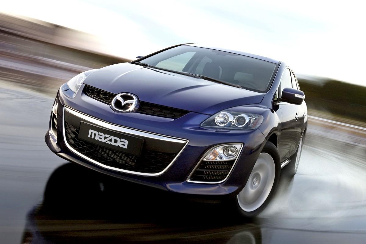 Помутнение рассеивателя: Mazda отзывает в России кроссоверы CX-7