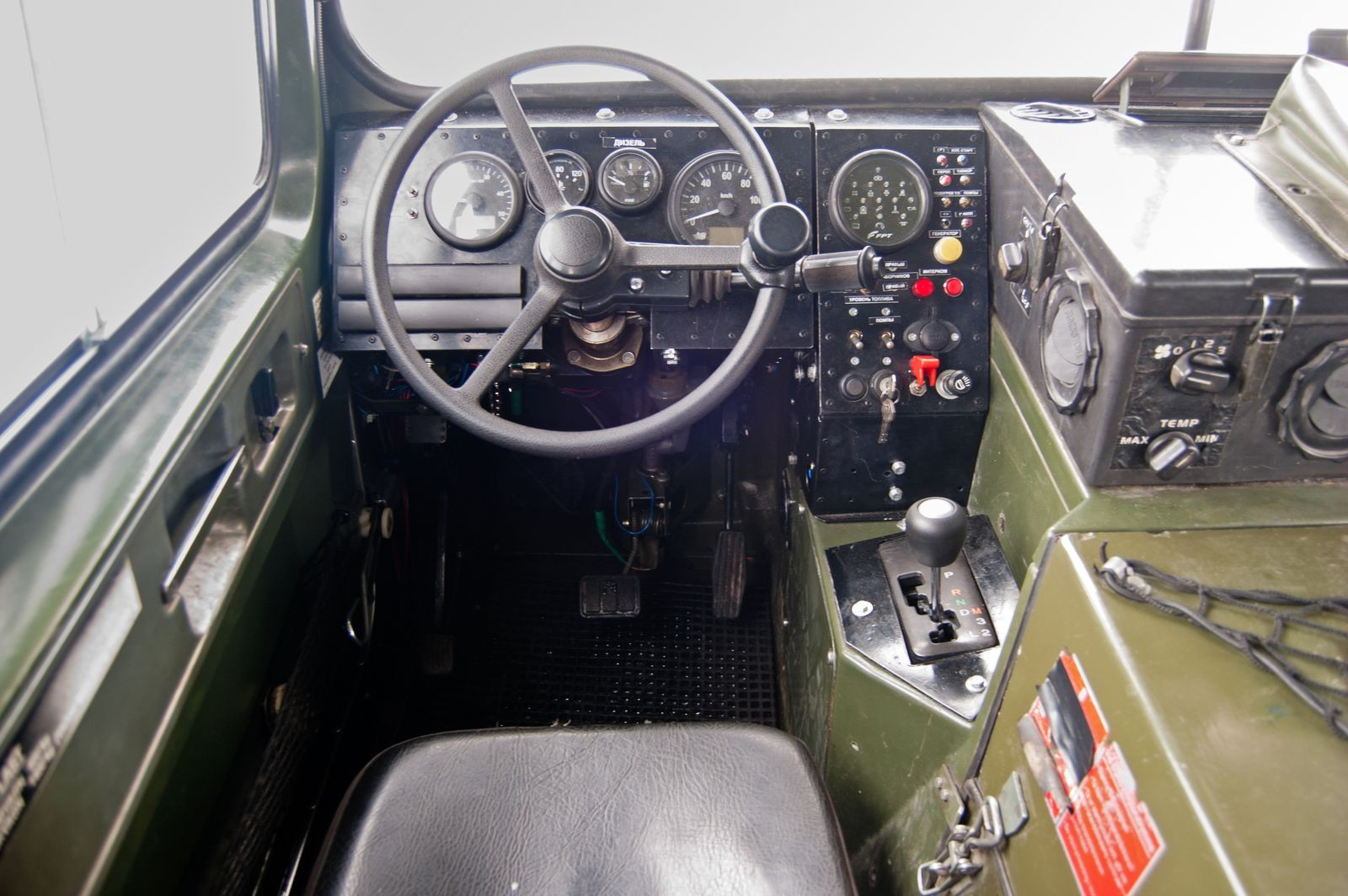 Вместо Форда и Мерседеса: тест-драйв вездехода BV-206 «Лось» с дизелем Iveco