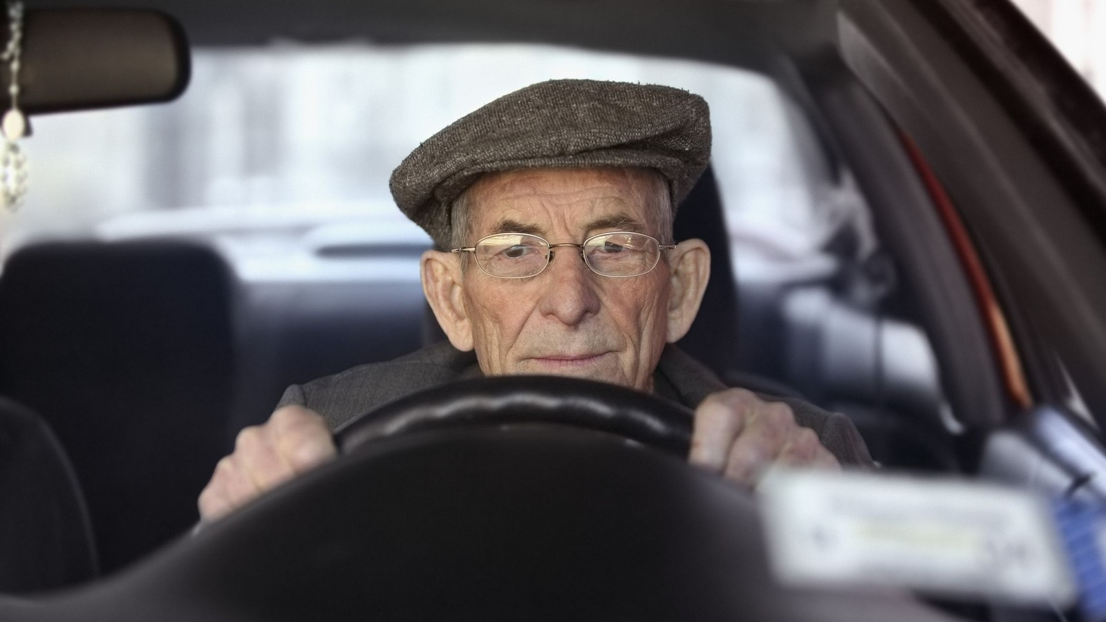 old_man_driving_cr