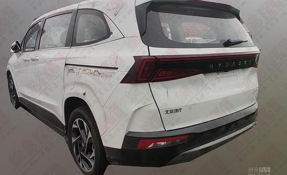 Минивэн Hyundai снова показался на фото: это Custo, и у него мотор от растянутого Santa Fe