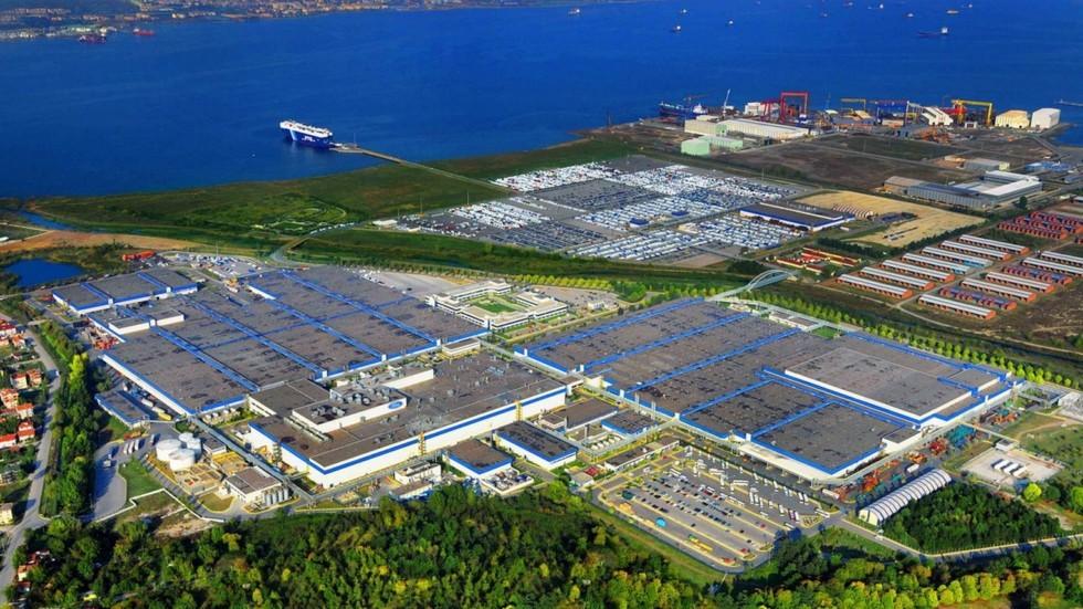 На фото: завод Ford Otosan в Турции
