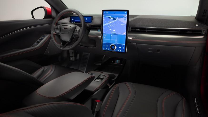 Ford отложил запуск двух новинок: позже на конвейер встанут Bronco и Mustang Mach-E