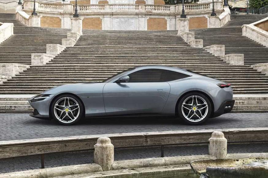 Феррари представил новый спортивный автомобиль начального уровня