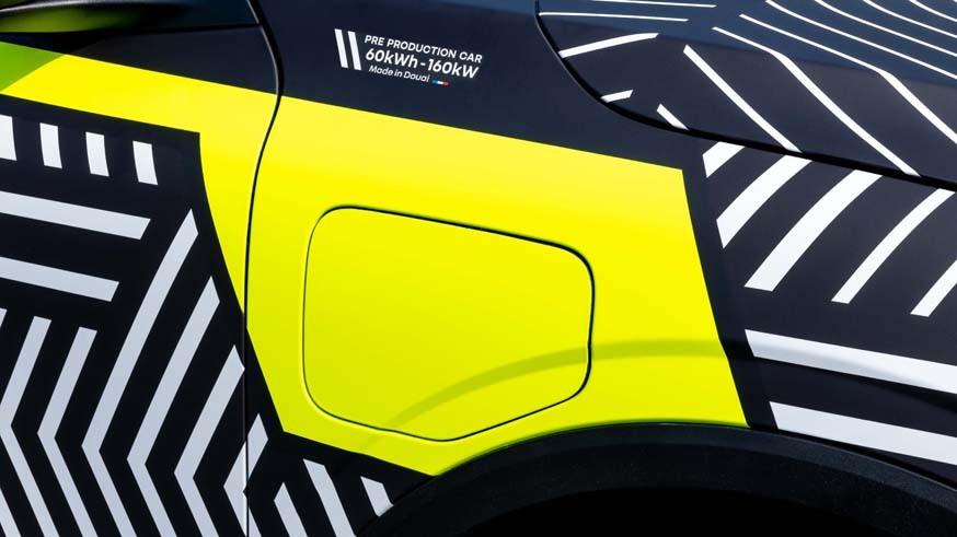 Renault готовит Megane e-Tech к дебюту: появились снимки предсерийного прототипа