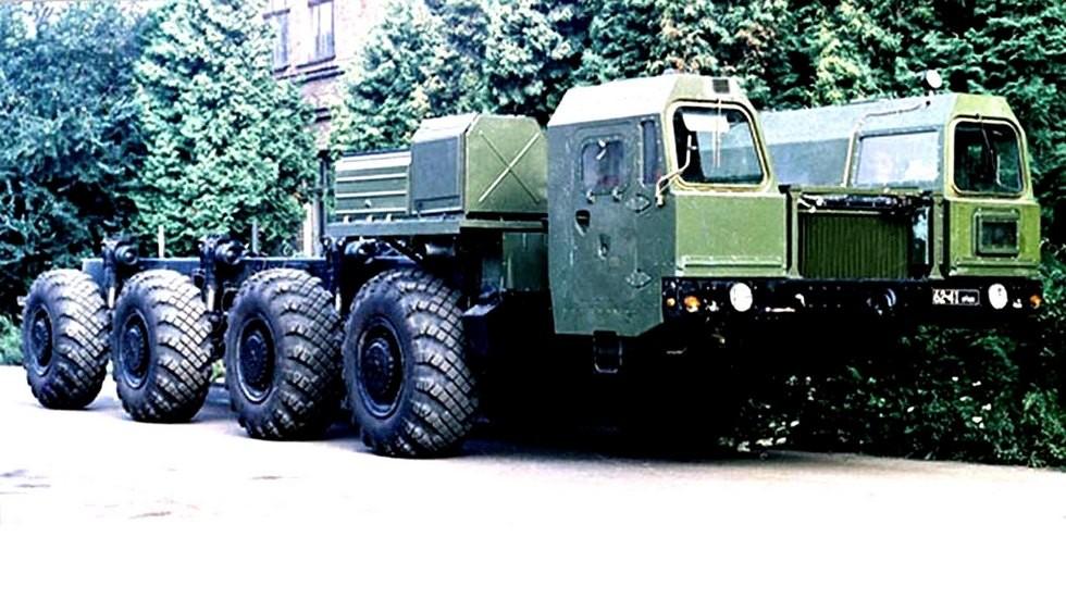 Тяжелое шасси МАЗ-7908 для ракетного вооружения (из архива СКБ-1 МАЗ)