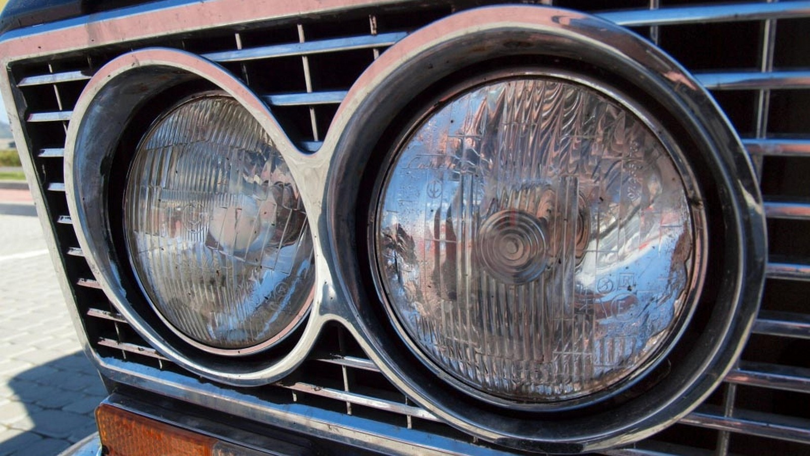 Фары Carello на ВАЗ-2103 1973 года