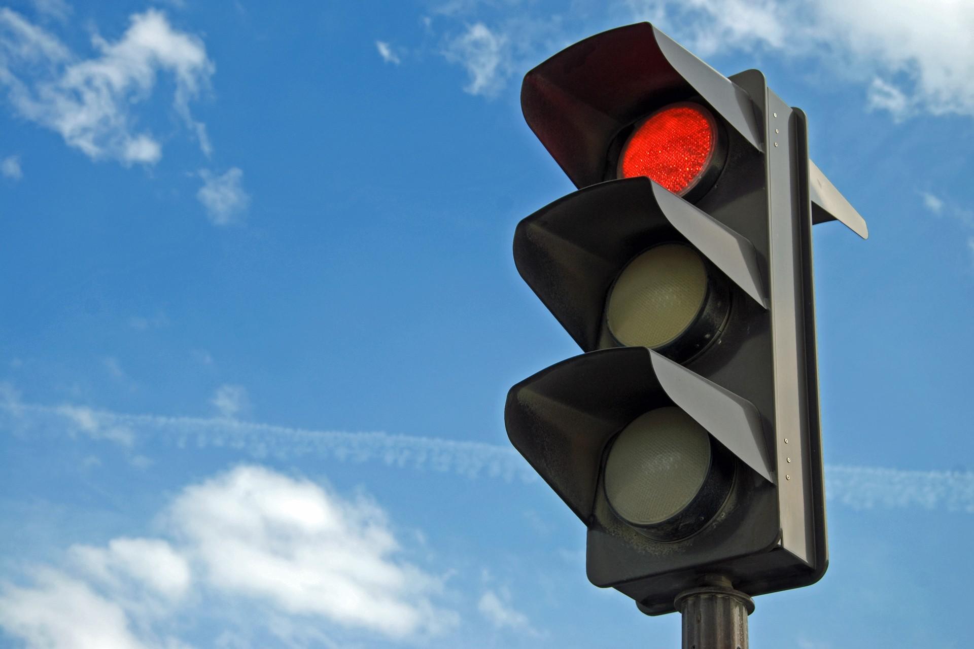 светофор красный красивая картинка