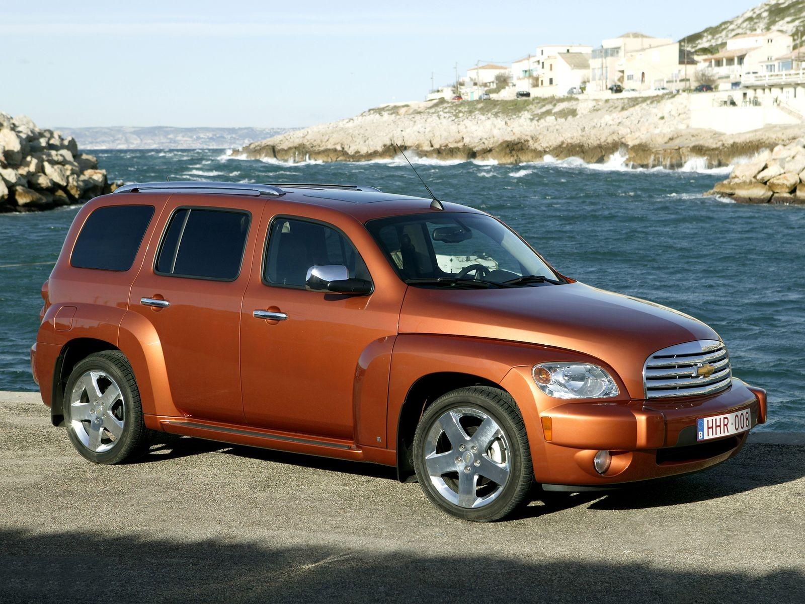 Особенности доступного неоретро: стоит ли покупать Chevrolet HHR за 500 тысяч рублей