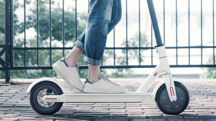 Контроль за движением: поправки к ПДД отправили на пересмотр из-за пешеходов и электросамокатов